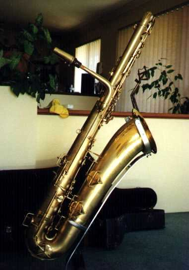 dating conn saxophones » conn 1932 '6m' eb alto, silver #251k | fine vintage saxophones  it is an odd thing to see on a conn, but the silver is also in great shape so the dating .