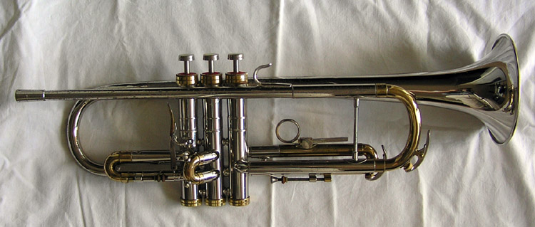 Hyoyeon. Conn connstellation trumpet dating.